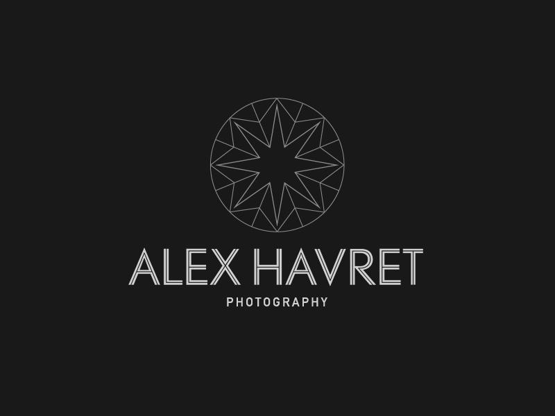 Diamond logo sketch for wedding photographer